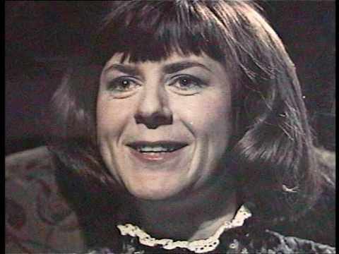"""Pam Ayres - """"Oh I Wish I'd Looked After Me Teeth"""" - stereo"""